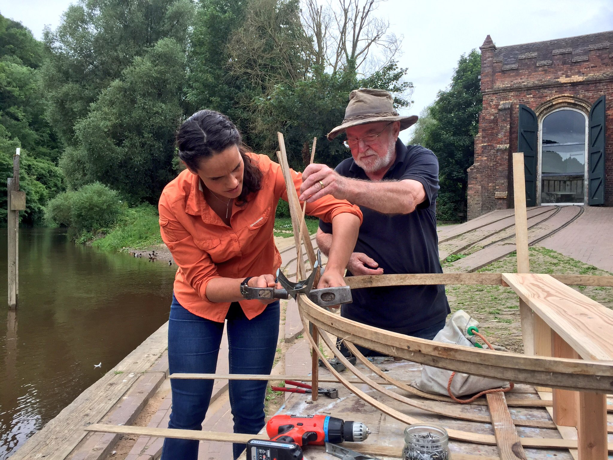 Learning to make a coracle